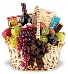 Wine & Fruit Baskets: Elegance to Spare